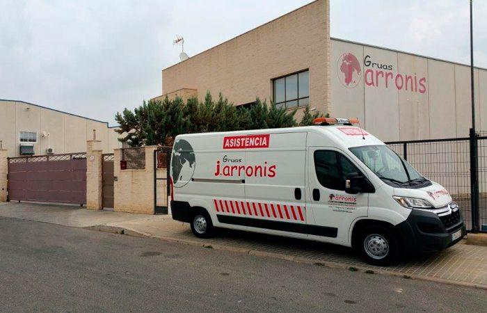 localizacion y contacto Gruas Arronis